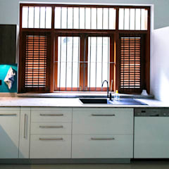 Bungalow Project:  Kitchen by Designs Combine