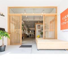 住まいのよろず屋: coil松村一輝建設計事務所が手掛けたオフィススペース&店です。