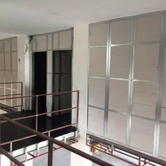 MESKEN ÇELİK YAPI – Urla - Çelik Konstrüksiyon Asma Kat:  tarz Merdivenler,