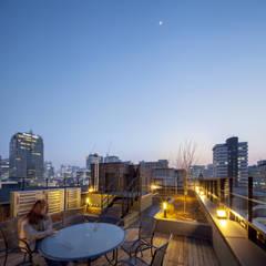 Roof by (주)건축사사무소 더함 / ThEPLus Architects,