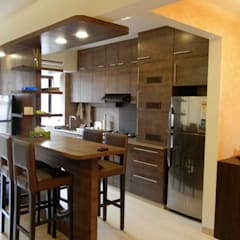 Built-in kitchens by Aesthos Interior Design and Consultancy