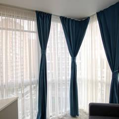 """2-комнатная квартира ЖК """"7 континент"""", г.Краснодар: балконы в . Автор – Студия интерьерного дизайна happy.design"""