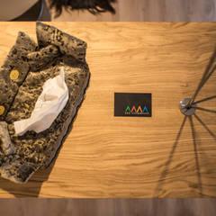 Garavini Home - Showroom: Negozi & Locali commerciali in stile  di Arkinprogress