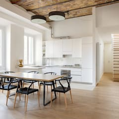 Dining room by Architetto Fulvia Pazzini