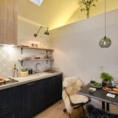The Nook, Near Rock   Cornwall:  Kitchen by Perfect Stays