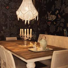 Casa particular em Lisboa: Salas de jantar  por Gavetão- Decoração de Interiores
