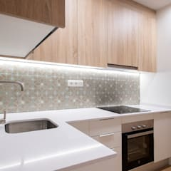 Built-in kitchens by Grupo Inventia