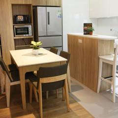 餐廳/廚房:  餐廳 by 圓方空間設計