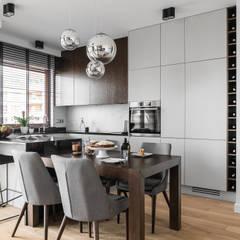 APARTAMENT ALTORIA 2 - GDYNIA: styl , w kategorii Kuchnia zaprojektowany przez Anna Serafin Architektura Wnętrz,