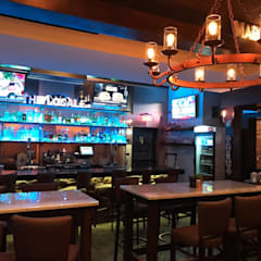 The Locale - Restaurante Flórida (EUA): Bares e clubes  por Marcelo Sena Arquitetura