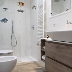 ห้องน้ำ โดย studio ferlazzo natoli, สแกนดิเนเวียน