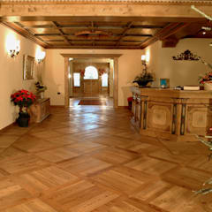 ANTICO E' SRL:  Hotels von antico E'