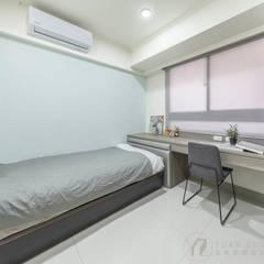 JIAN House:  小臥室 by 元作空間設計