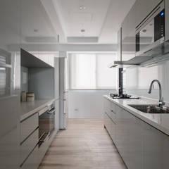 初 ‧ 跡:  廚房 by 築川設計