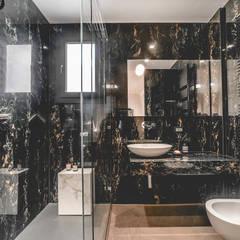ห้องน้ำ โดย MODO Architettura, ผสมผสาน