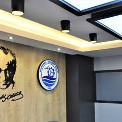 STÜDYO YEKA  Mimarlık ve İç Mimarlık – Bandırma Ticaret Odası Meclis Toplantı Salonu:  tarz Ofis Alanları