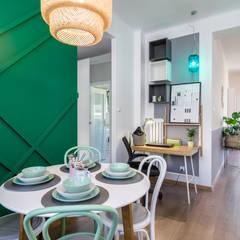 Kuchnia z jadalnią i stefą do pracy: styl , w kategorii Domowe biuro i gabinet zaprojektowany przez DoMilimetra