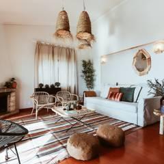 Entre a Serra e o Mar Salas de estar rústicas por Rafaela Fraga Brás Design de Interiores & Homestyling Rústico Madeira Acabamento em madeira