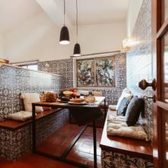 Entre a Serra e o Mar Cozinhas rústicas por Rafaela Fraga Brás Design de Interiores & Homestyling Rústico Azulejo