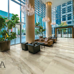 MARCHIO AVA_ONICI COLLEZIONE AESTHETICA : Hotel in stile  di LA FABBRICA SPA