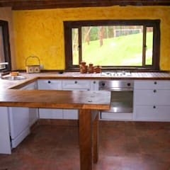 Cocina Sopó: Cocinas de estilo  por Insitu Hogar