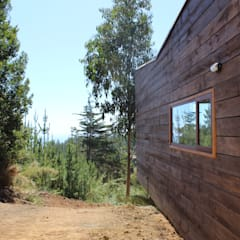 Wooden houses by Kimche Arquitectos