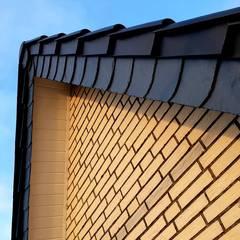 Dachdeckermeisterbetrieb Dirk Lange:  tarz Beşik çatı