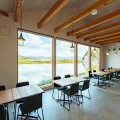 cafe FRAIS: ELD INTERIOR PRODUCTSが手掛けたレストランです。,北欧 無垢材 多色
