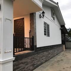 外國歐風-前後棟別墅設計:  房子 by 築地岩移動宅,