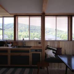 不作為のいえ: u.h architectsが手掛けたキッチンです。