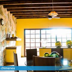 Dining room by VillaSi Construcciones