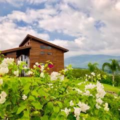 RESTAORANT: Casas de estilo  por Casas y cabañas de Madera  -GRUPO CONSTRUCTOR RIO DORADO (MRD-TADPYC)
