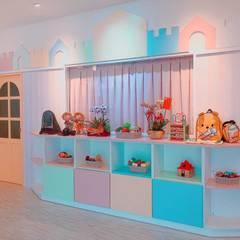 Escuelas de estilo  por 藏私系統傢俱