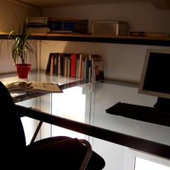 Loft Aurora: Estudios y despachos de estilo  de ESTUDIO DE CREACIÓN JOSEP CANO, S.L.