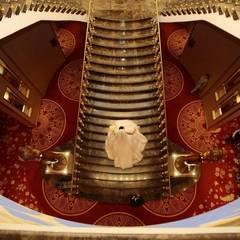 HİZMAN MİMARLIK LTD. ŞTİ. – WELMON HOTEL - BATUMİ /GEORGİA:  tarz Merdivenler,