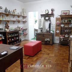 Áreas comerciais: Lojas e imóveis comerciais  por Cristina Reyes Design de Interiores