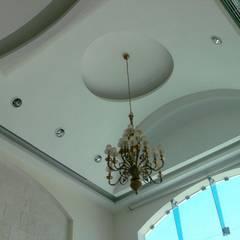 Casa Rotonda : Salas de estilo  por SG Huerta Arquitecto Cancun