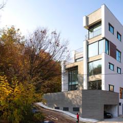 목동 유신메디칼 사옥: (주)건축사사무소 모도건축의  회사,모던 우드 우드 그레인