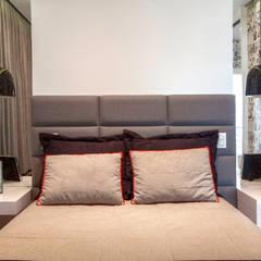 Dormitorios juveniles  de estilo  por Designer de Interiores e Paisagista Iara Kílaris