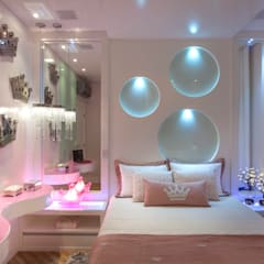 Girls Bedroom by Designer de Interiores e Paisagista Iara Kílaris, Modern