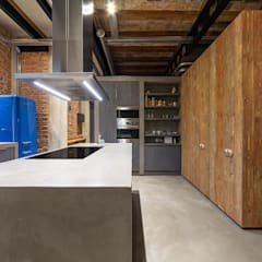 Built-in kitchens by Vip Dekorasyon