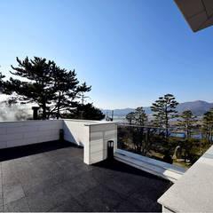 Balkon von 아익 건축