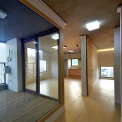 Media room by 아익 건축
