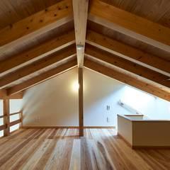 หลังคา by タイラ ヤスヒロ建築設計事務所/yasuhiro taira architects & associates