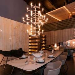 Duhart Design Showroom: Espacios comerciales de estilo  por AXD Arquitectos