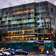 EADA Business School - Barcelona: Estudios y despachos de estilo  de CDB Arquitectura