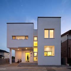 บ้านคันทรี่ by 건축사사무소 모뉴멘타