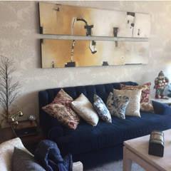 Salas: Salas de estilo  por La Tachuela Interiorísmo