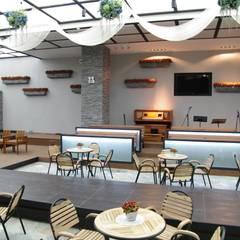 오펠리스 웨딩홀 (솔베이지 홀): 바른디자인 - barundesign의  서재 & 사무실