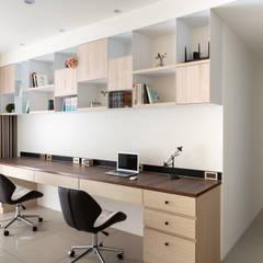 Study/office by 逸硯空間設計有限公司